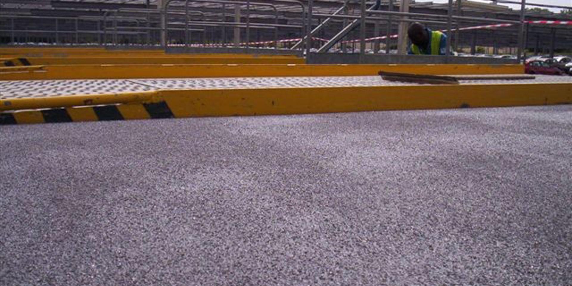 Revêtement de sol extérieur haute résistance mécanique